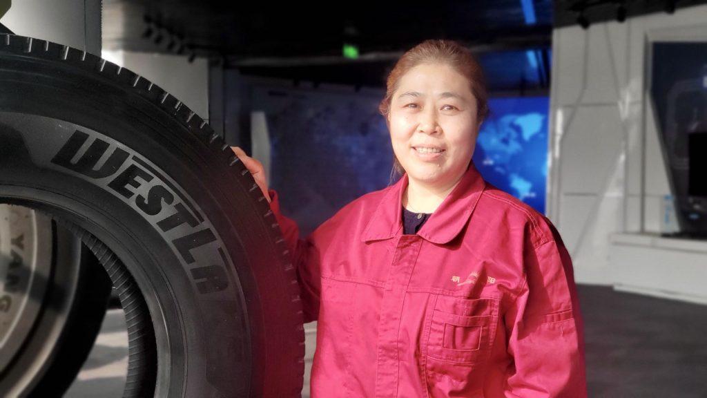 Ms Wang Chief Engineer, Zonghe Rubber Group